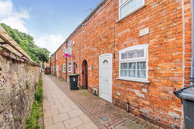 Thumbnail Terraced house for sale in Nags Head Passage, Sleaford