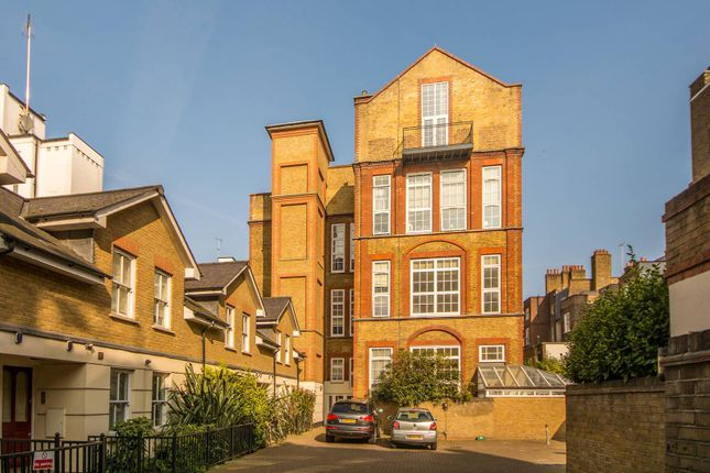 Thumbnail Maisonette to rent in Three Cups Yard, Bloomsbury