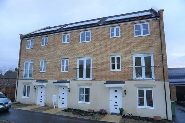 Thumbnail Town house to rent in Shipton Grove, Peterborough