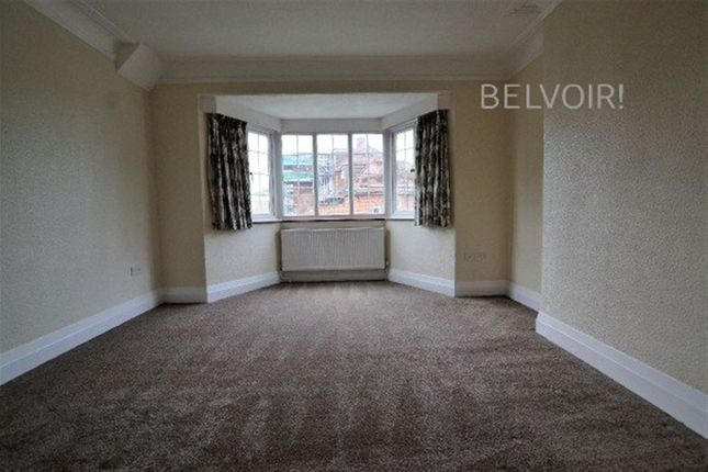 4 bed flat to rent in Old Park Road, London