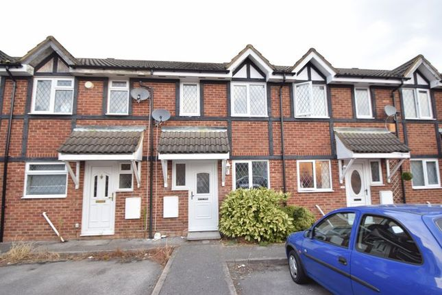 Thumbnail Terraced house to rent in Swan Mead, Luton