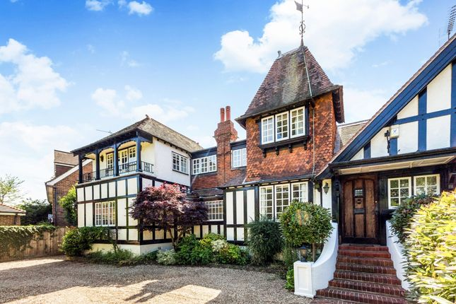 Thumbnail Property to rent in Glebe Road, Maidenhead