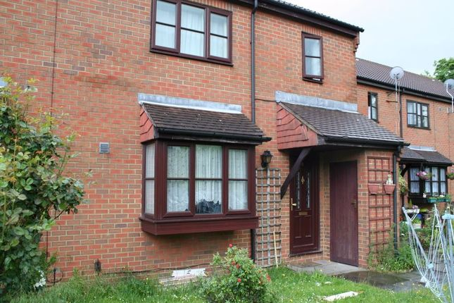 Thumbnail Semi-detached house to rent in Boltons Lane, Harlington, Hayes