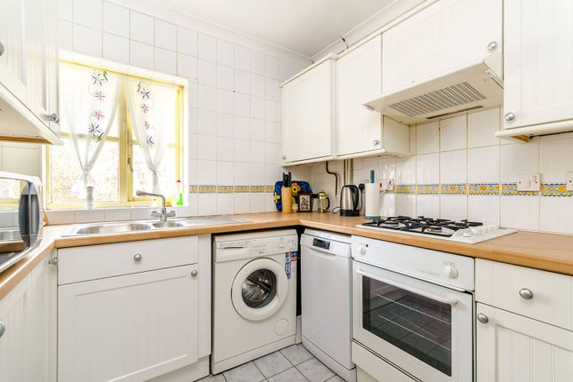 Thumbnail Flat to rent in Halley Gardens, Blackheath