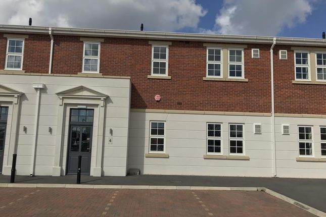 Thumbnail Office to let in Ground Floor Unit 4, Hewitts Business Park, Blossom Avenue, Humberston, Grimsby, North East Lincolnshire