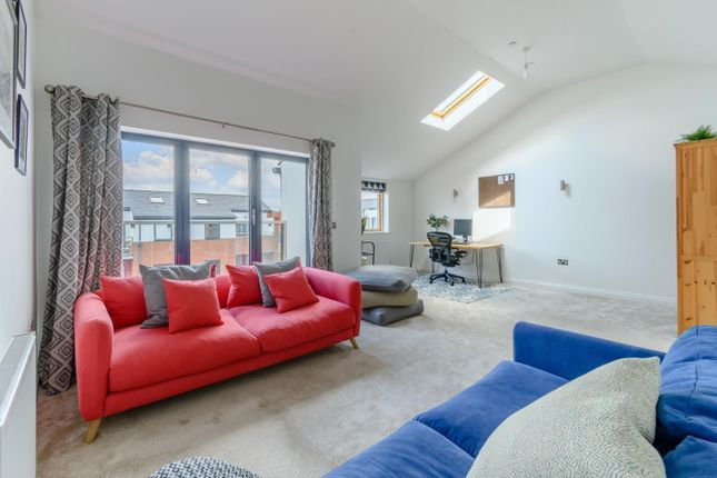 Thumbnail Town house for sale in Elizabeth Place, Tenby Street North, Birmingham