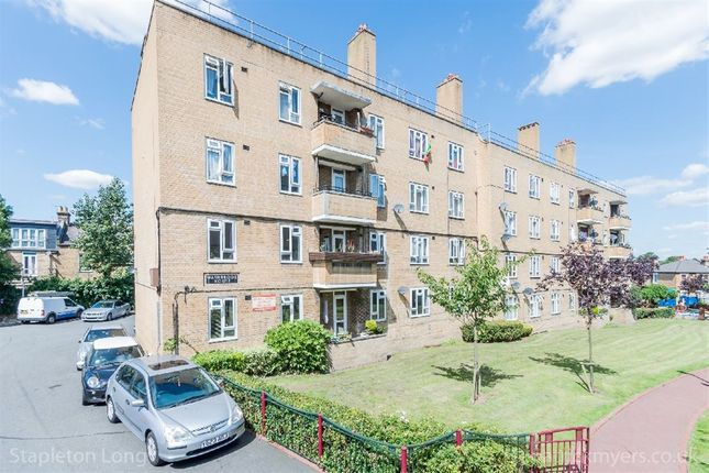 Thumbnail Flat for sale in Tulse Hill, London, London