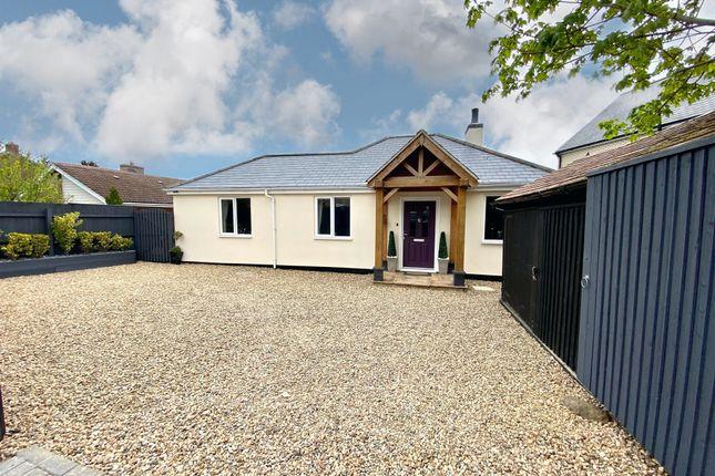Thumbnail Detached bungalow for sale in West Drive, Highfields Caldecote, Cambridge