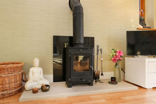 Fireplace of Hackney Road, Hackney, Matlock DE4
