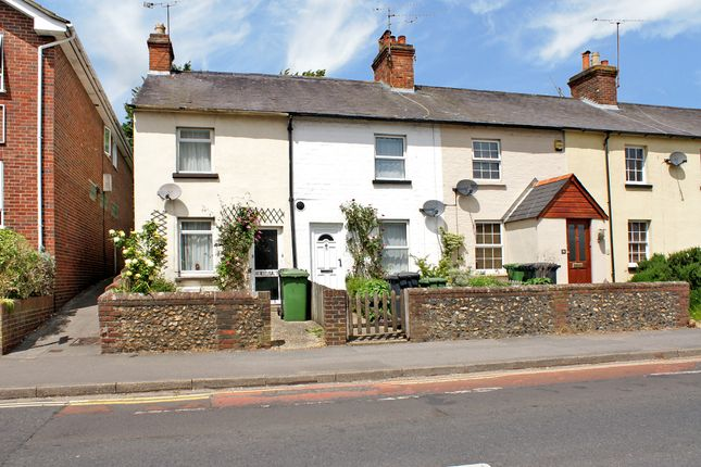 Thumbnail Terraced house to rent in Anstey Road, Alton