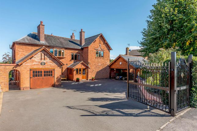 Thumbnail Detached house for sale in Golf Lane, Whitnash, Leamington Spa, Warwickshire