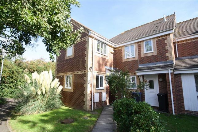 3 bed end terrace house for sale in Pewsham Lock, Pewsham, Chippenham, Wiltshire