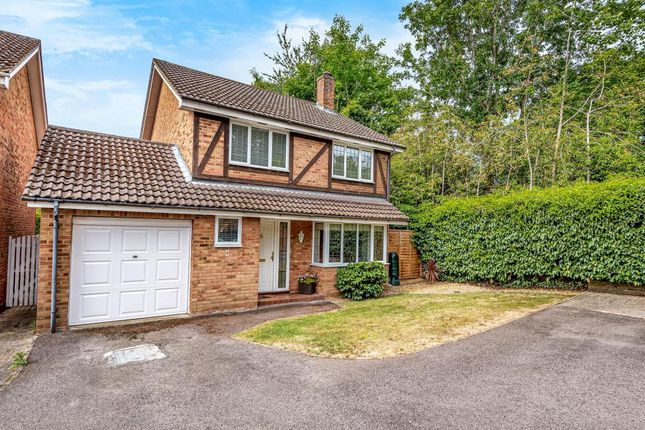 Thumbnail Detached house for sale in Farley Copse, Binfield