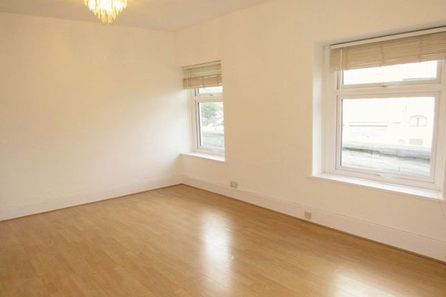 1 bed flat to rent in Riverside Terrace, Lower Ely, Cardiff CF5