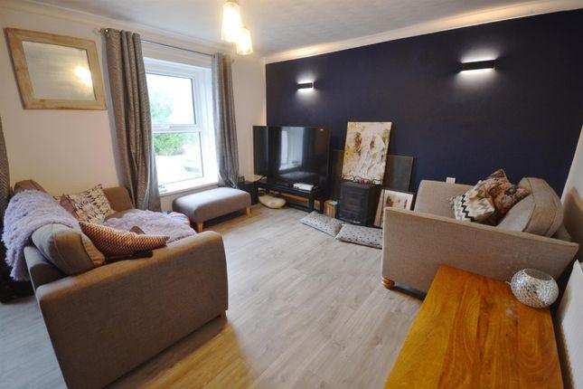 Lounge 1 1 of Leonardston Road, Mastlebridge, Milford Haven SA73