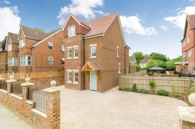 Thumbnail Detached house for sale in Clapham Road, Bedford, Bedfordshire