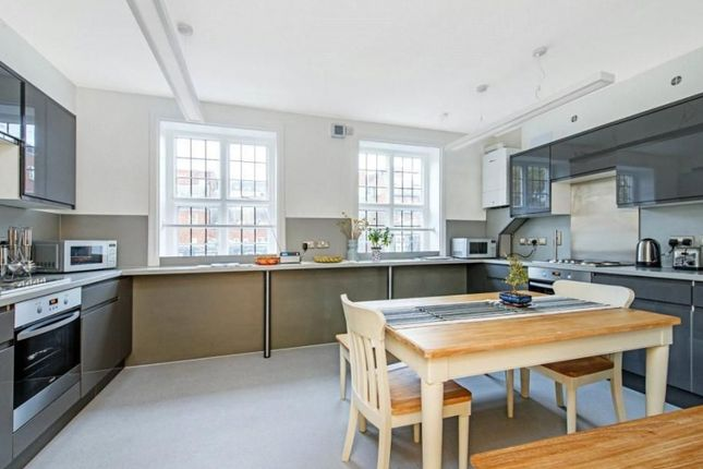 1 bed flat to rent in Udall Street, London SW1P