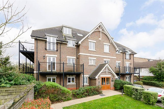 Thumbnail Flat for sale in Mulgrave Road, Cheam, Surrey