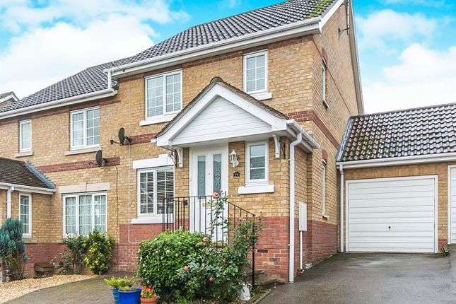 Thumbnail Link-detached house for sale in Cherry Tree Close, Halstead