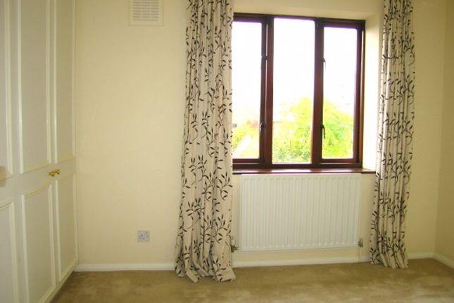Bedroom 1 of Wellington Terrace, Wapping E1W
