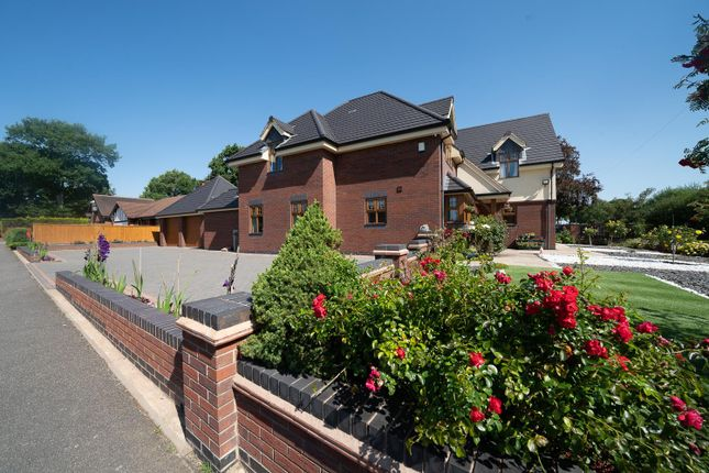 Thumbnail Property for sale in Creynolds Lane, Cheswick Green, Solihull
