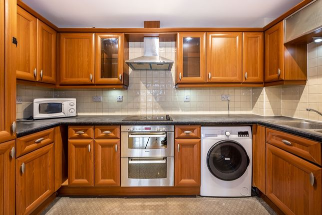 Thumbnail Flat to rent in Dominion Close, Hounslow