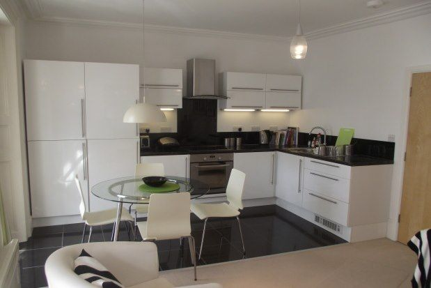 Thumbnail Flat to rent in 24 Richmond Road, Exeter