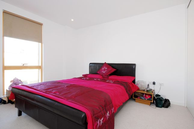 Bedroom of Wingate Square, London SW4