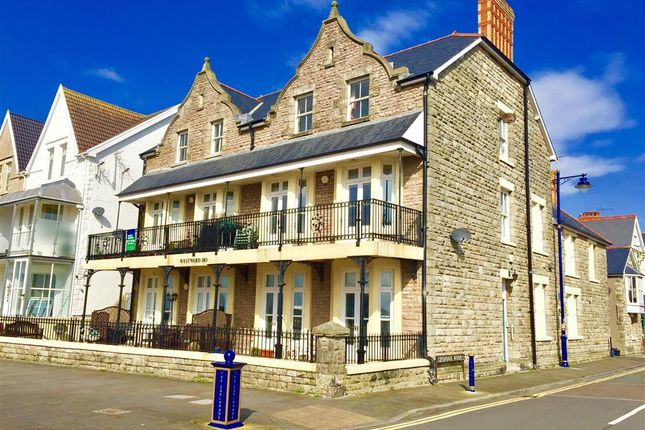 Thumbnail Flat to rent in Esplanade, Porthcawl