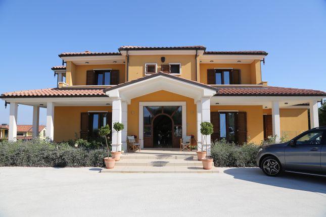 Thumbnail Property to rent in Contrada Cerro, Oratino, Campobasso