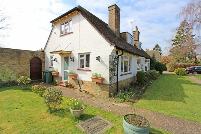 Thumbnail Semi-detached house to rent in Vincent Close, Chipstead
