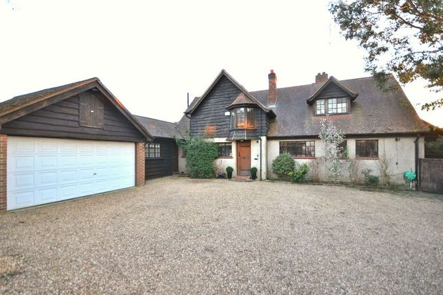 Thumbnail Detached house to rent in Oxford Road, Wokingham