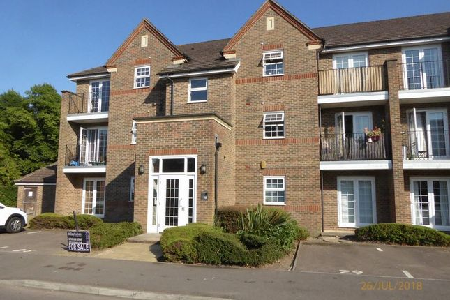 Thumbnail Flat for sale in Beckett Road, Netherne On The Hill, Coulsdon