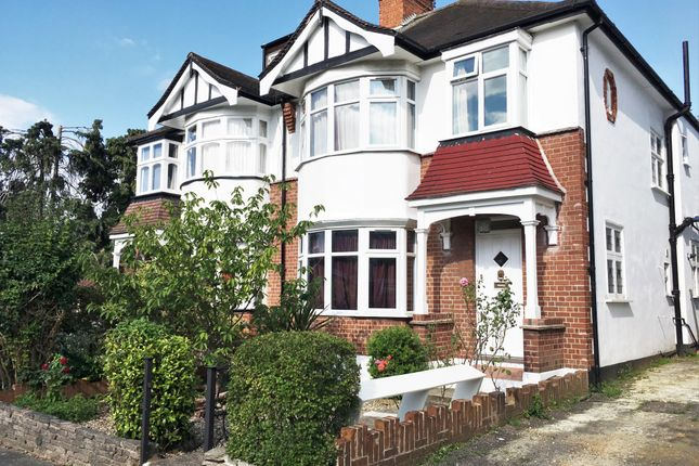 4 bed end terrace house to rent in Claremont Road, West Ealing, London