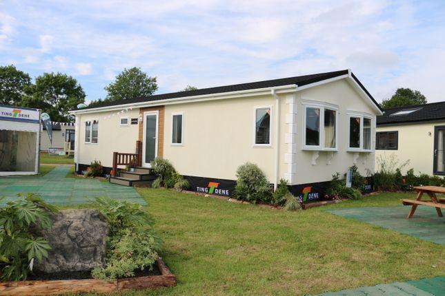 Thumbnail Mobile/park home for sale in Stourport Road, Bromyard Herefordshire