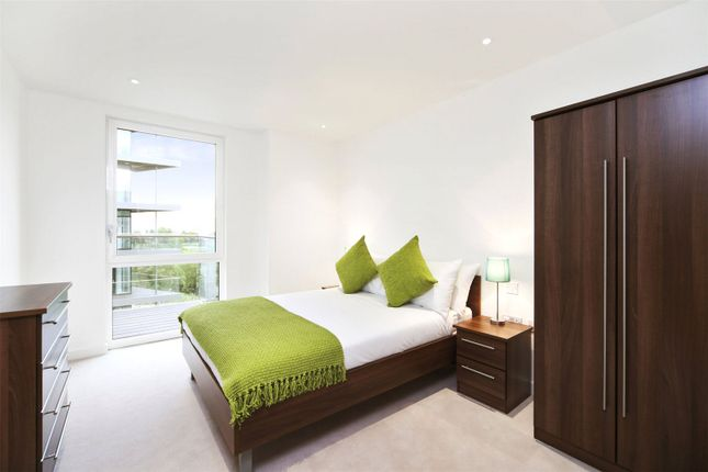Picture No. 07 of Nature View Apartments, Woodberry Grove, London N4