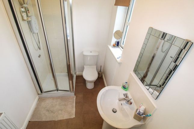 Master En-Suite of Newlands Crescent, Cove AB12