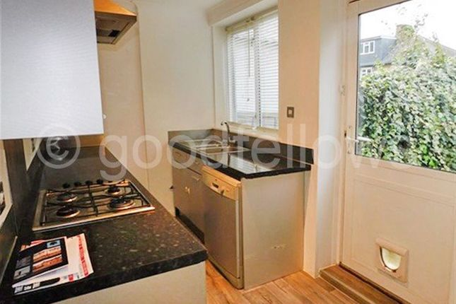 Thumbnail Property to rent in Abbotsbury Road, Morden