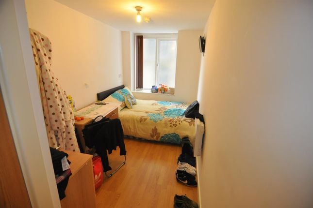 1 bed flat for sale in Sunbridge Road, City Centre, Bradford