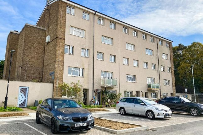 3 bed flat for sale in Mountfield, Granville Road, London NW2