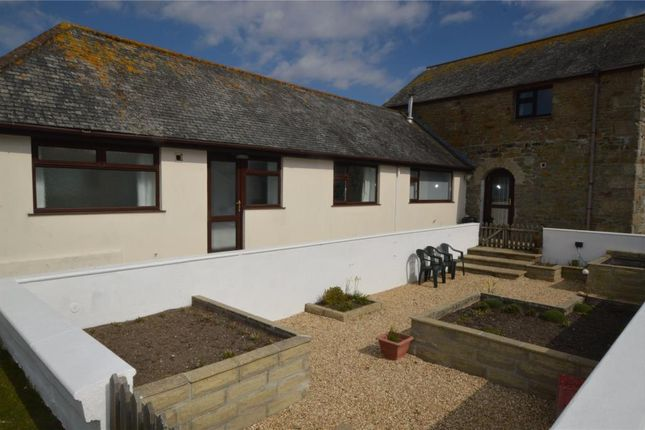 2 bed parking/garage to rent in Griggs Quay, Hayle, Cornwall TR27