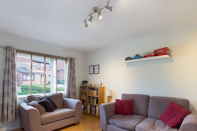 Living Room of Cornflower Close, Locks Heath, Southampton SO31