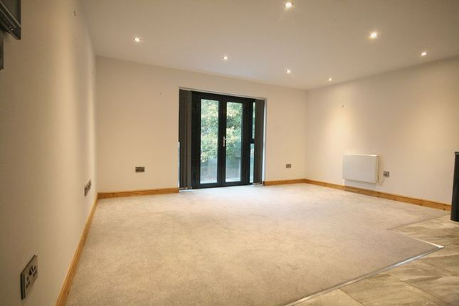 Thumbnail Property to rent in High Street, Chesham