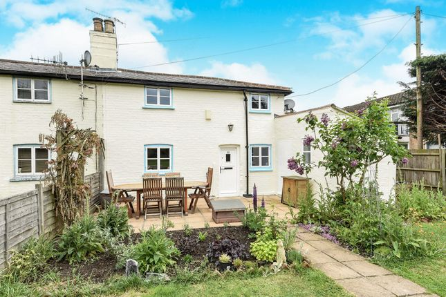 2 bed cottage for sale in Maple Road, Redhill