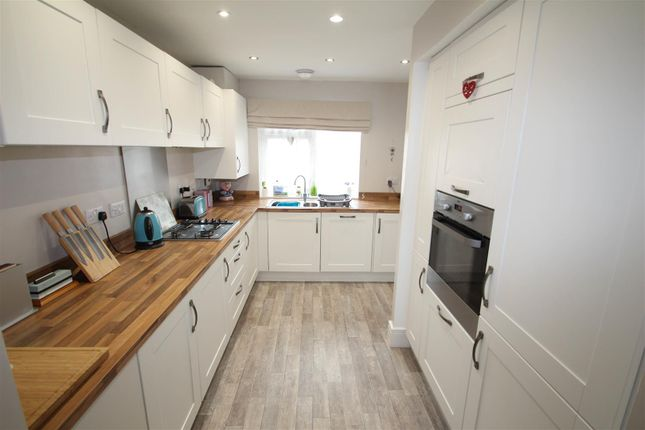 Thumbnail Town house to rent in Kiln View, Johnsons Wharf, Stoke-On-Trent