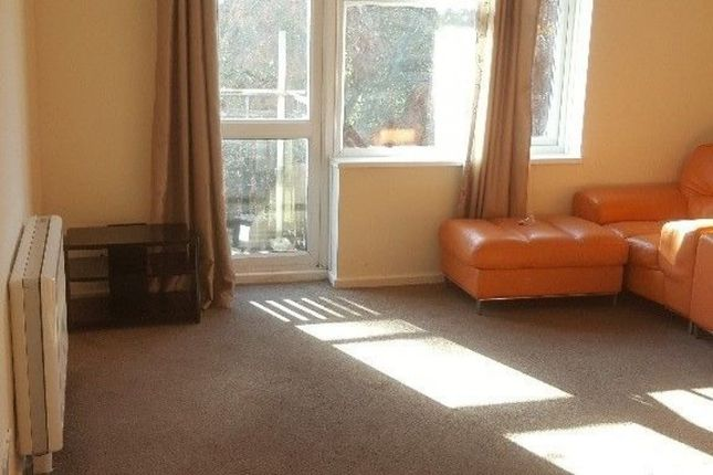 Thumbnail Flat to rent in Girton Way, Ipswich
