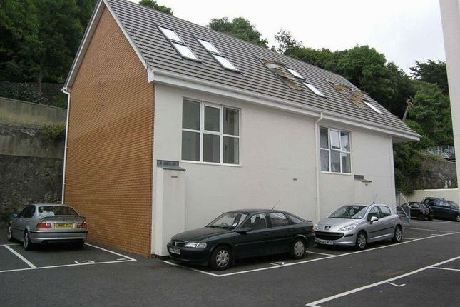 2 bed end terrace house to rent in South Road, Weston-Super-Mare BS23