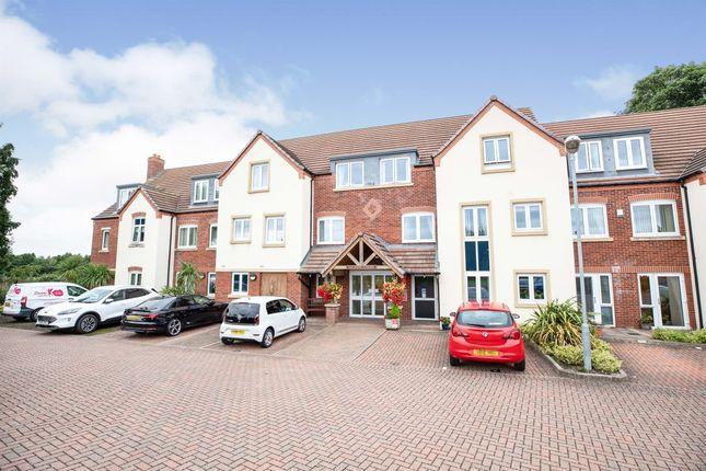 Thumbnail Flat for sale in Stratford Road, Wellesbourne, Warwick