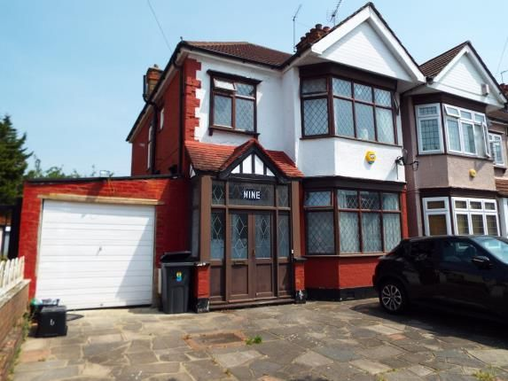 Thumbnail End terrace house for sale in Gants Hill, Essex