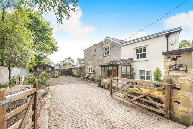 Thumbnail 3 bedroom detached house for sale in Gas Lane, Fairford